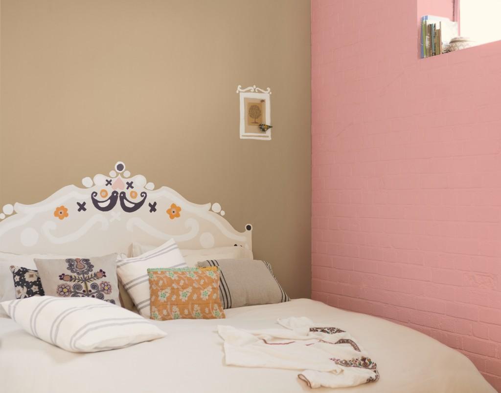 Hva med å male din egen sengegavl eller et bilde på veggen? Farger fra Nordsjö.
