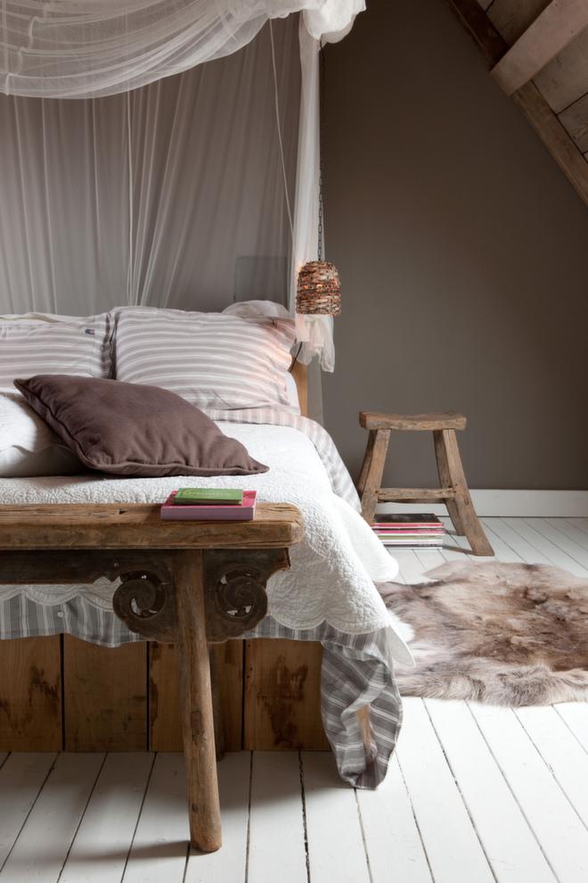 Slik gj?r du soverommet til et HOTELLROM p? 1-2-3. Som ? v?re p? ferie i sitt eget hjem ...