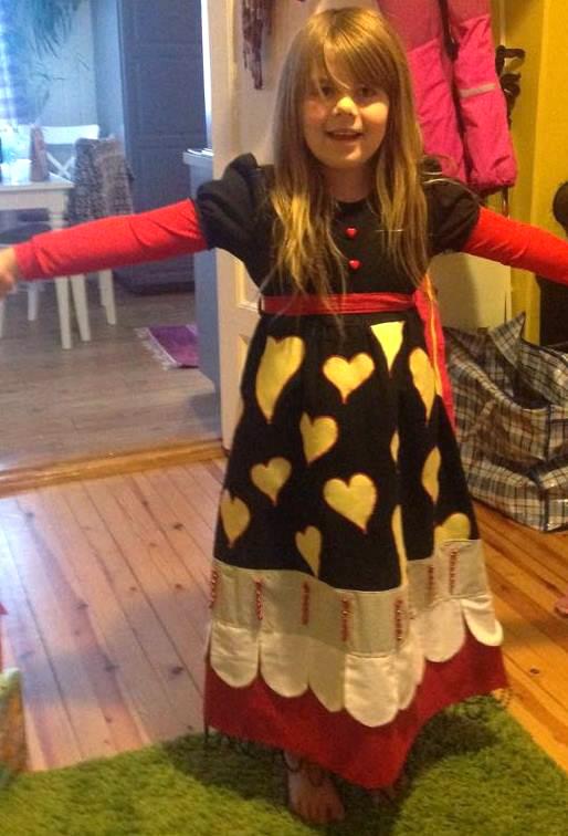 kjole designet av sol angelica