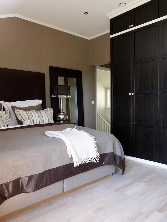 Paret ønsket seg en touch av luksus på soverommet. se hva de ...