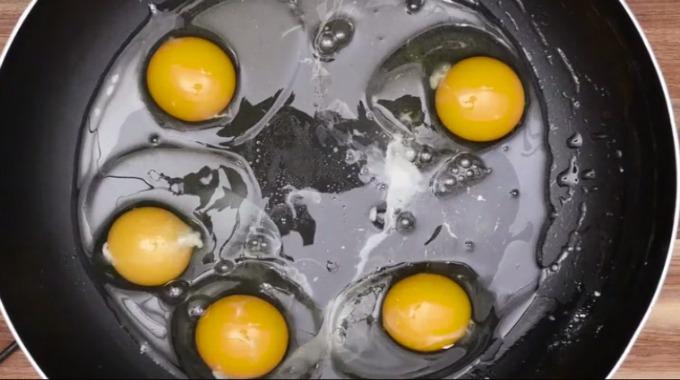 Steke Mange Egg