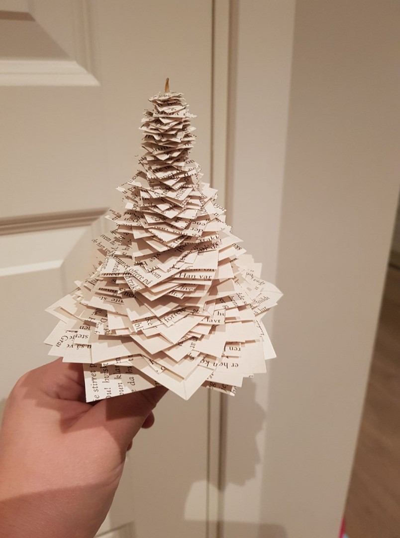 Juletrær av papir