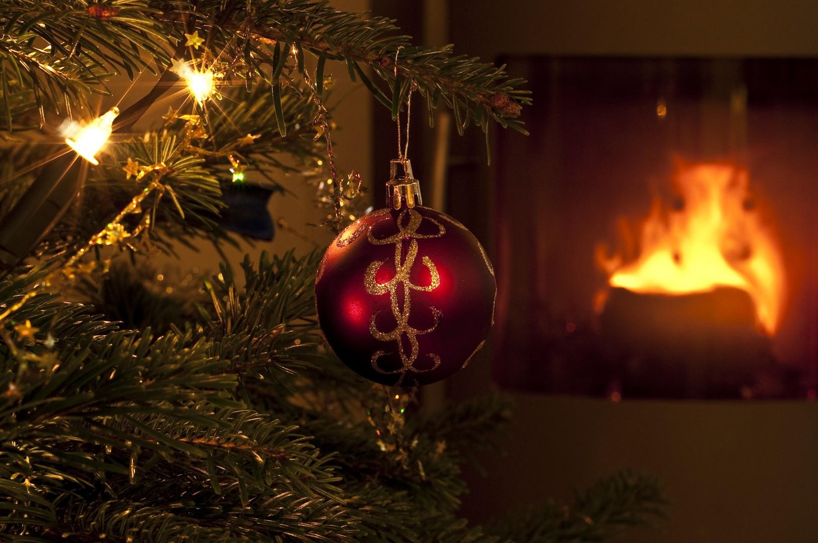 Juletre og julekule